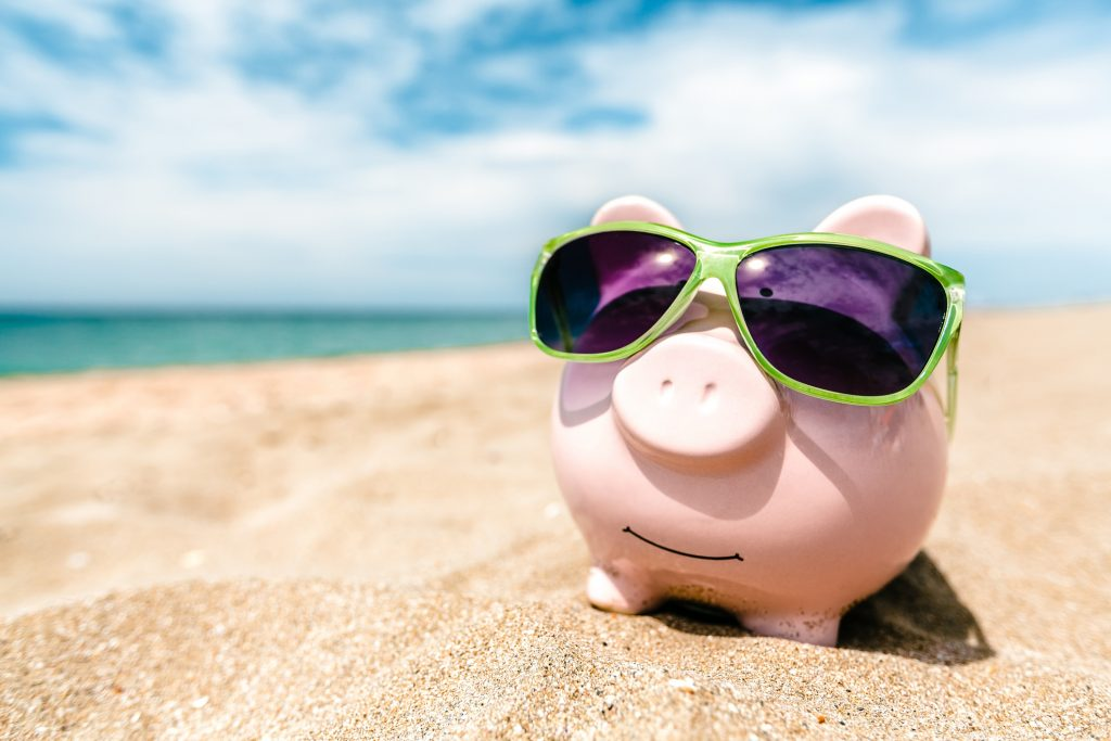 6 ways to save on summer vacation